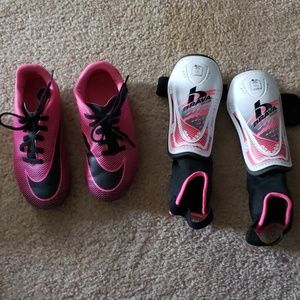 Kita size 12 T Nike soccer cleats